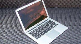 Стали известны новые подробности об ультратонком 12-дюймовом MacBook Air