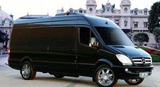 Люксовый микроавтобус от Lexani Motorcars с двумя iPad Mac mini и Apple TV обойдется в 17 5 млн рублей [фото]