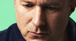 Джонатан Айв: конкуренты крадут у Apple тысячи часов работы