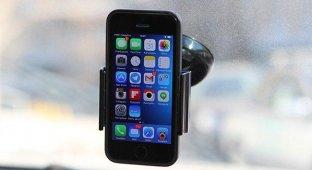 Автомобильные держатели Satechi для iPhone и iPad