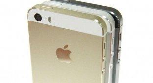 iPhone стоит как два средних Android-смартфона