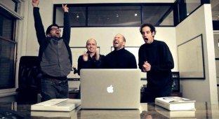 Как настоящие Apple-фанаты смотрят презентацию новых гаджетов