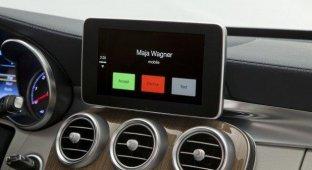 Новый Mercedes C-класса со встроенной Apple CarPlay (фото)