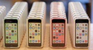 «Евросеть»: Москва выбирает iPhone