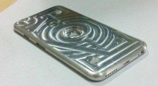 Опубликовано фото алюминиевой формы используемой для производства чехлов для iPhone 6
