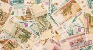 Ослабление рубля ударило по российскому «серому» рынку