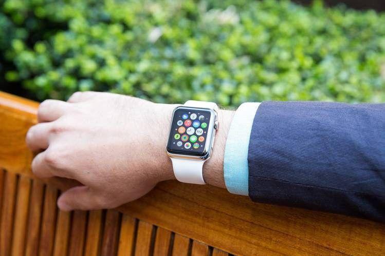 Есть два случая использования apple watch без связки с iphone: с подключением в интернет; полностью автономная работ.